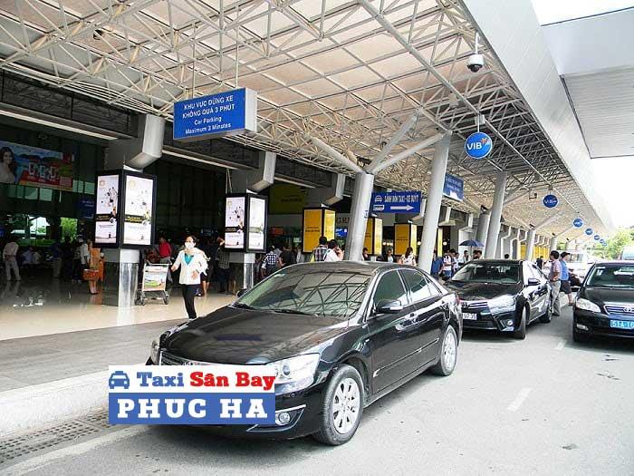 Taxi tu Ha Noi di Vinh Phuc gia re tron goi